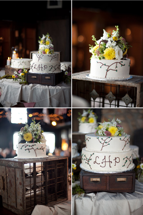 Lara&Peter_OurWedding_LakeHopatcongYachtClubWedding_Reception_WeddingCake_085