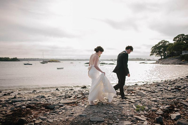 Peaks-Island-Wedding-Lara-Kimmerer_001