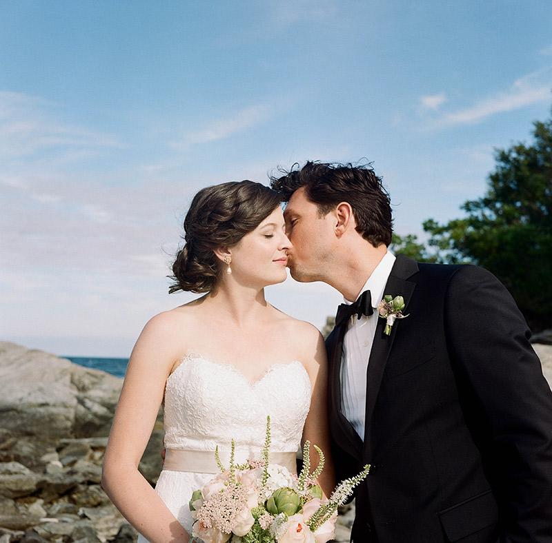 Peaks-Island-Wedding-Lara-Kimmerer_036