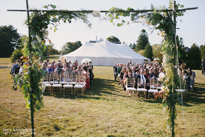 RhodeIsland_BackyardWedding_LaraKimmerer_018