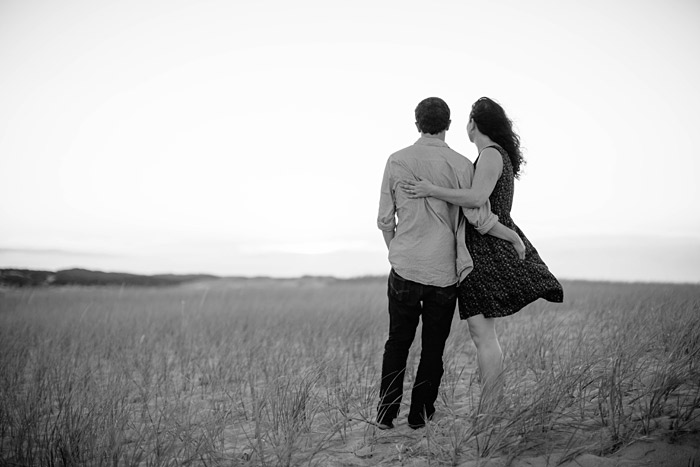 Provincetown-Dunes-Engagement-Prewedding-Shoot-Lara-Kimmerer_002