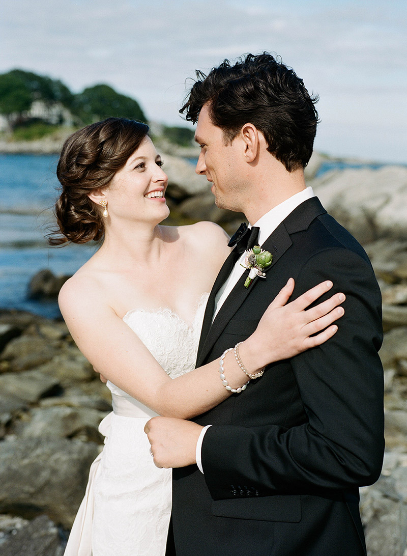 Peaks-Island-Wedding-Lara-Kimmerer_038